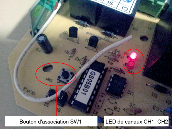 Bouton d'association et LEDs de l'actionneur