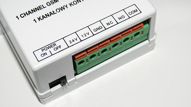 Vue des borniers du module GSM de Orno
