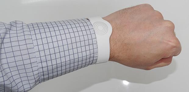 Bracelet pour actionner la serrure RFID Somfy