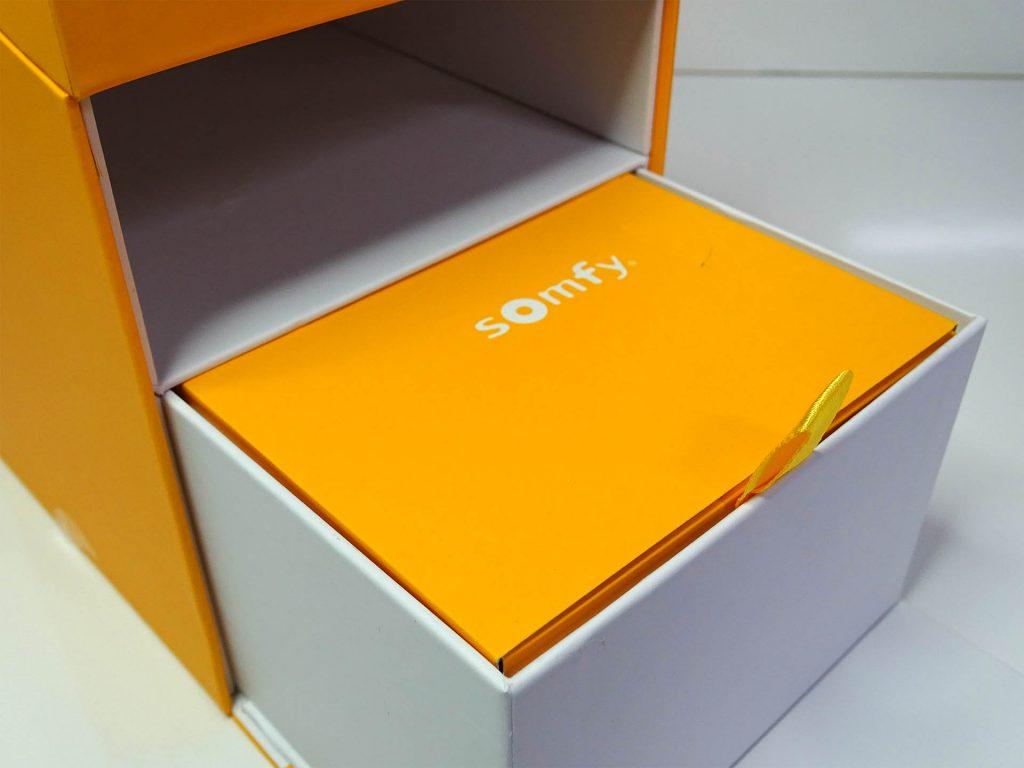 Une boite.. dans une boite